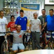 """Donación de """"Bicis para la vida"""". Foto: Grupo AMÁS."""