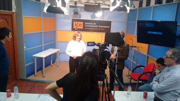 Formación de los alumnos de Infofácil en el ICE. Foto: Grupo AMÁS.