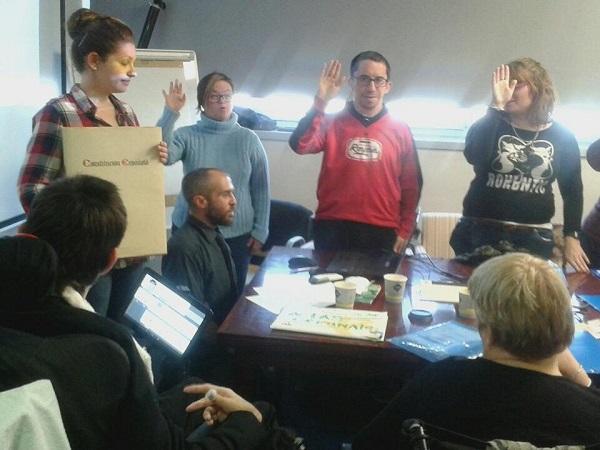 Juramento del cargo ante la Constitución Española. Foto: Grupo AMÁS.