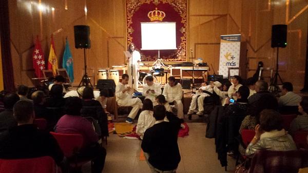 """Actuación de """"Sonoreadores"""". Foto: Grupo AMÁS."""