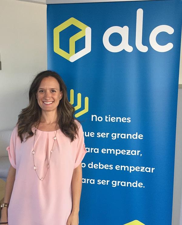 Irisarri Barrera, Directora Personas y Servicios Generales de ALC.
