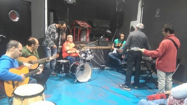 """""""Con la música a otra parte"""" en la IX Semana de la Diversidad del Ayuntamiento de Leganés. Foto: Grupo AMÁS."""