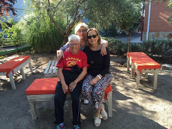 Concha Moreno, Lola Molina y Remedios Nieves. Foto: Grupo AMÁS.