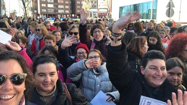 Marcha reivindicativa de mujeres de Grupo AMÁS en Fuenlabrada. Foto: Grupo AMÁS.