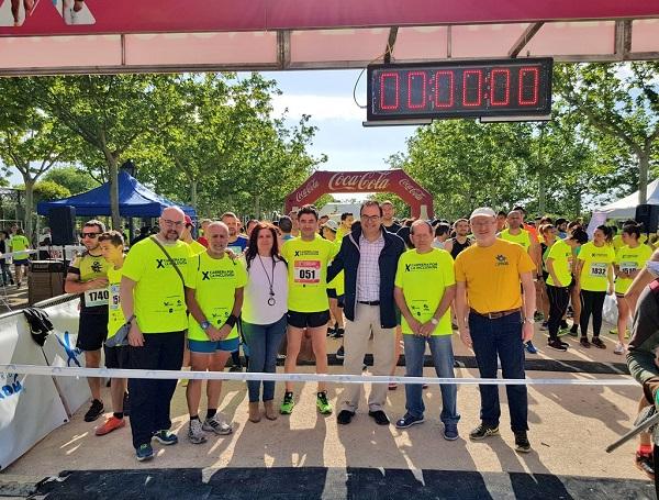 Santiago Llorente, alcalde de Leganés en la X Carrera por la Inclusión. Foto: Grupo AMÁS.