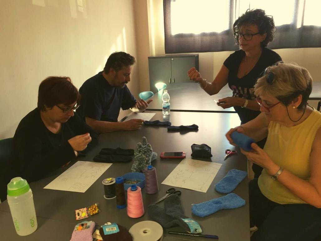 Taller Creativo Textil en el Centro Cultural Norte-Universidad de Móstoles. Foto: Grupo AMÁS