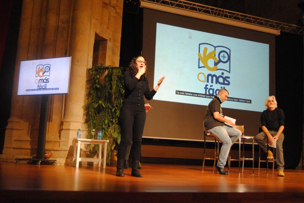 """""""El amor es demasiado complicado"""" en el Congreso de Accesibilidad Cognitiva de Cáceres. Foto: Grupo AMÁS."""