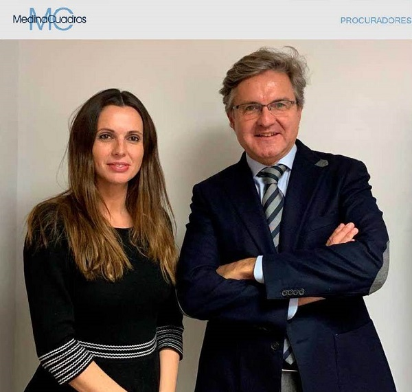 Elena Medina Cuadros, Socia de Medina Cuadros Procuradores y Juan Manuel García, Director General .Foto: Medina Cuadros