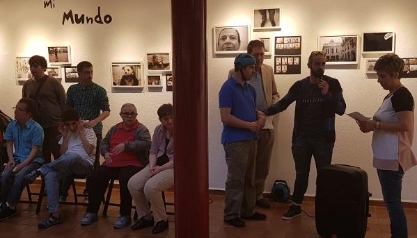 """Exposición """"Un mundo mágico"""" en el Centro Cultural Joan Miró de Móstoles. Foto: Grupo AMÁS"""