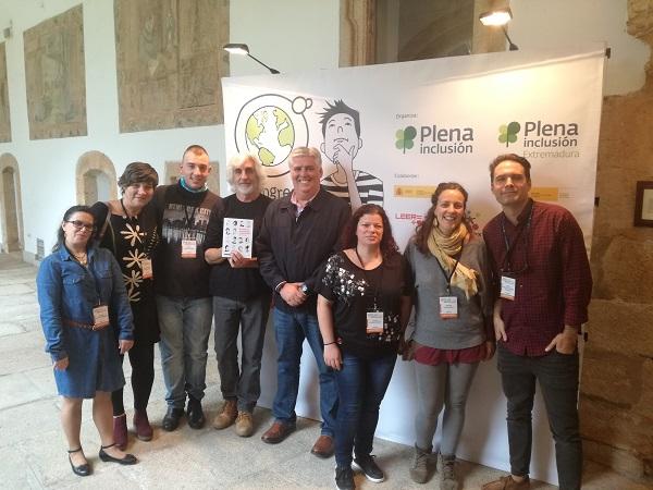 Equipo de AMÁS Fácil y Editorial Loqueleo. Foto: Grupo AMÁS.