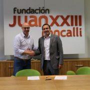 Firma del convenio entre Grupo AMÁS y Fundación Juan XXIII Roncalli.