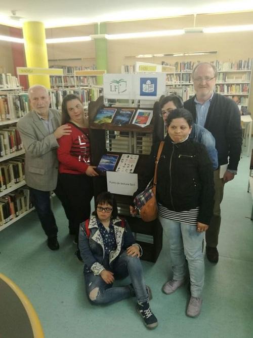Punto de Lectura Fácil en la Biblioteca Rigoberta Menchú de Leganés. Foto: Grupo AMÁS.