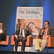De izquierda a derecha: Javier Albor, Mariano Casado y Santiago Llorente. Foto: Grupo AMÁS.