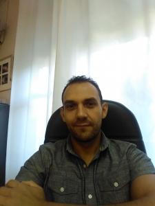 Alonso Donoso, psicólogo y facilitador en la Residencia y Hogares Vivienda Los Pinos