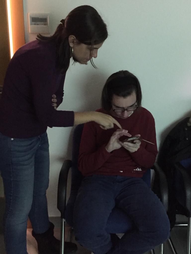 """Formación """"Brecha digital"""". Foto: Grupo AMÁS"""