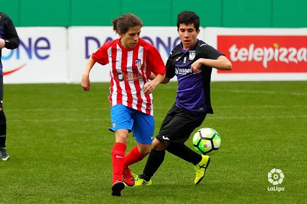 Buen juego y deportividad en la Liga Genuine. Foto: Grupo AMÁS.