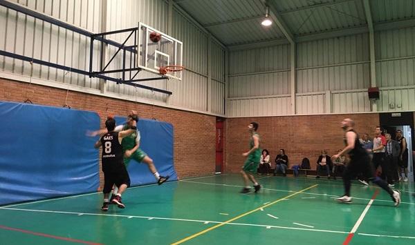 Partido disputado por el equipo Piratas Estudiantes AMÁS. Foto: Grupo AMÁS.