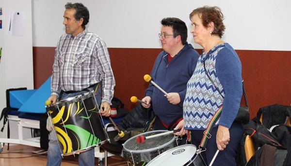 """Batucada en el acto de homenaje """"Sin ti, no sería igual"""". Foto: Grupo AMÁS."""