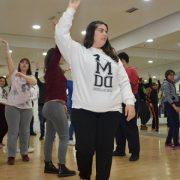 Alumnos de baile de Grupo AMÁS en un aula de la Escuela de Baile MDD. Foto: Grupo AMÁS.