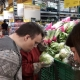 Personas con discapacidad intelectual realizando la compra. Foto: Grupo AMÁS.