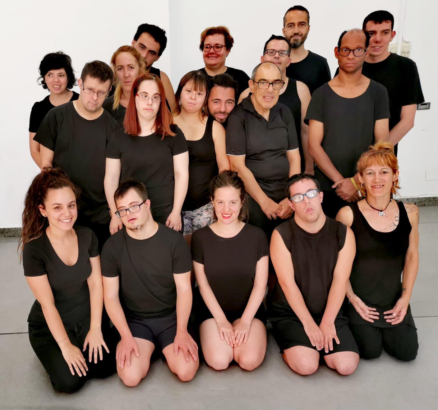 Alumn@s y formador@s de AMÁS Escena. Foto: Grupo AMÁS
