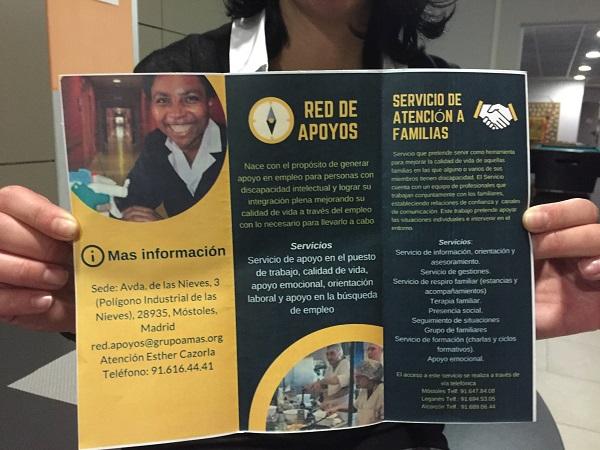Información de la Red de Apoyos de Grupo AMÁS ofrecida en el I Encuentro de Familias de Empleo. Foto: Grupo AMÁS.
