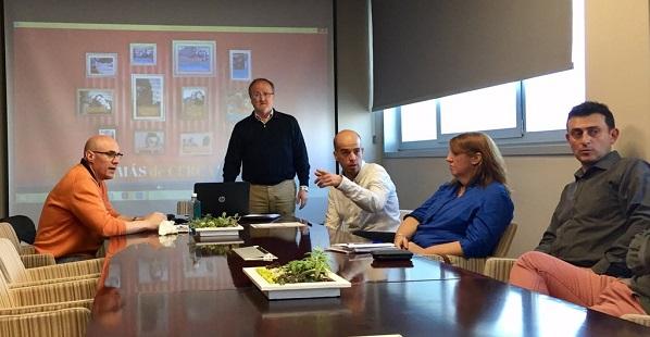 Óscar García, Director General de Desarrollo Corporativo e Ismael Carrillo, Director General de Atención a Personas, de Grupo AMÁS en las jornadas AMÁS de Cerca. Foto: Grupo AMÁS.