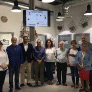 El Alcalde de Leganés junto con representantes de Grupo AMÁS. Foto: Grupo AMÁS.