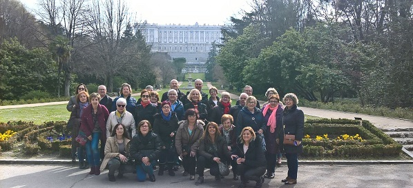 """Familias de Grupo AMÁS en la salida de marzo de """"Qué hay de lo tuyo"""". Foto: Grupo AMÁS."""