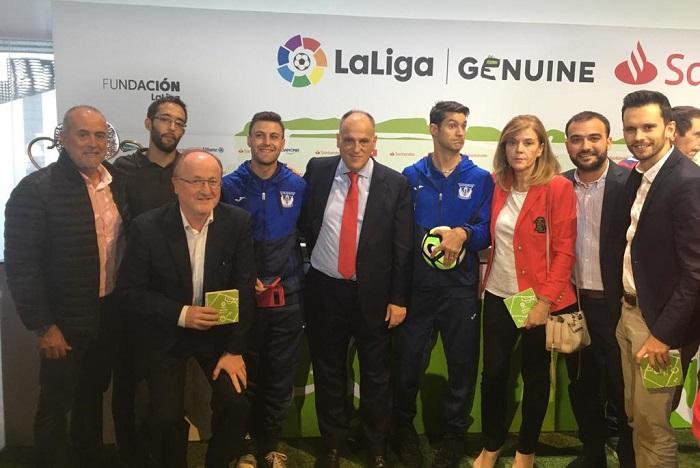 C.D. Leganés y Grupo AMÁS en la presentación de la Liga Genuine Santander 18-19. Foto: Grupo AMÁS.