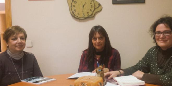 Proyecto de creación de club de lectura y taller literario en lectura fácil en la Biblioteca de Leganés. Foto: Grupo AMÁS.
