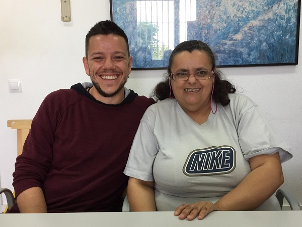 Mar Martínez y Miguel Ángel Leyva. Foto: Grupo AMÁS.