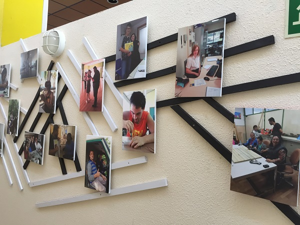 Pasillo de los sueños del Centro Municipal de la calle Sufragio en Leganés. Foto: Grupo AMÁS