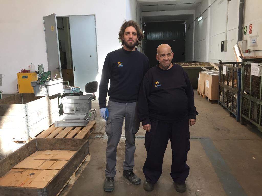 Domingo Ávila y Omar Center, trabajadores de Misión Ecotech. Foto: Grupo AMÁS