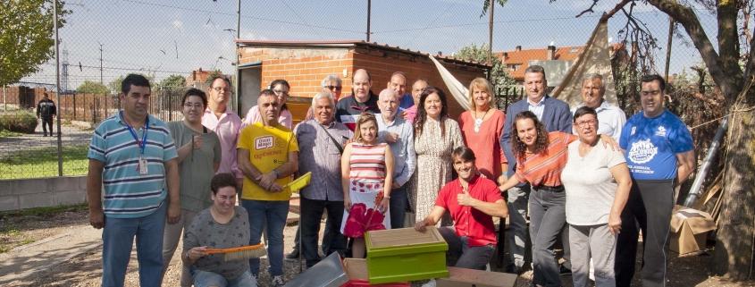 Visita del Ayuntamiento de Leganés al Centro Ocupacional Los Pinos de Grupo AMÁS. Foto: Ayuntamiento de Leganés.
