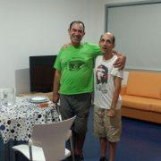 Los primeros dos ocupantes de los Apartamentos tutelados del Centro Padre Zurita de Alcorcón. Foto: Grupo AMÁS.