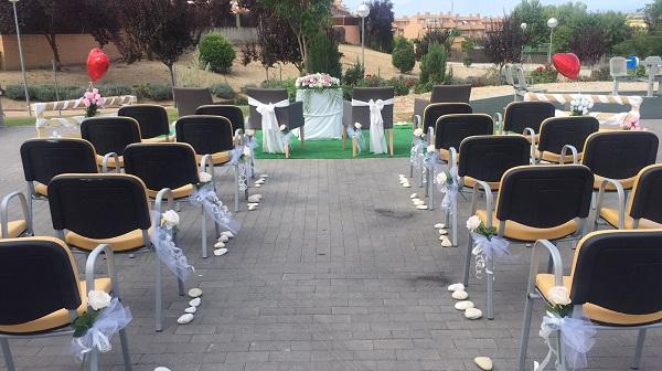 Jardín de la Residencia Parque Coimbra engalanada para la ceremonia. Foto: Grupo AMÁS.