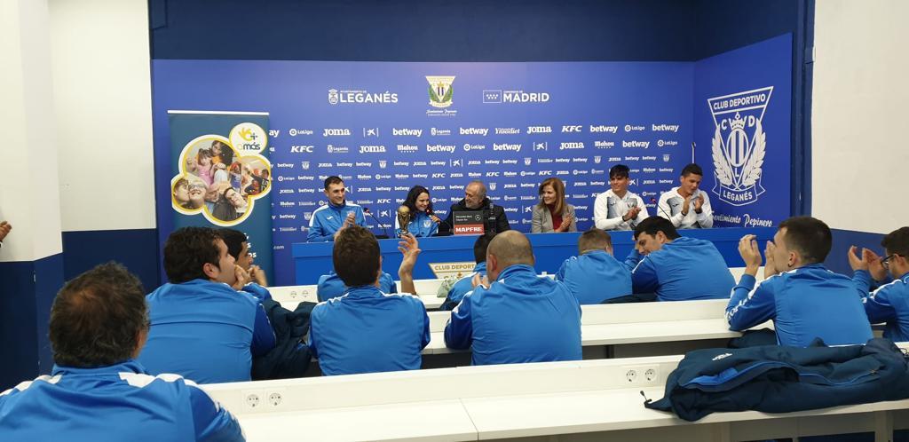 Rueda de prensa en el Estadio de Butarque. Foto: Grupo AMÁS